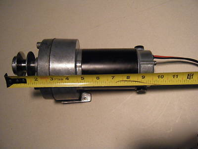12V dc motor with gear reduction pulley 12 amp 1/10 hp