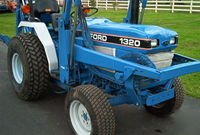 Watch moreover Ford 1710 Tractor Water Pump as well Viewtopic besides 8n 6 Volt Positive Ground Wiring Diagram furthermore Kubota Ps Diagram. on ford 3000 tractor wiring diagram