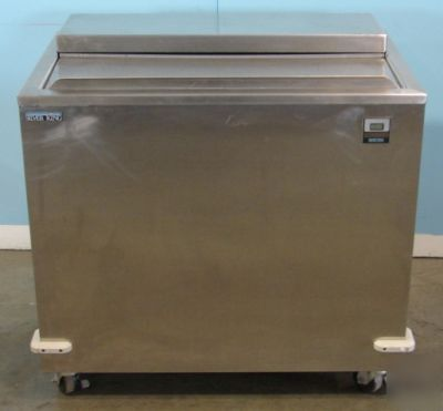 Silver King Stainless Steel Slide Top Freezer 34 Quot Wide